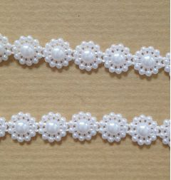 Pearls on a Roll - Pearl Flowers 10mm