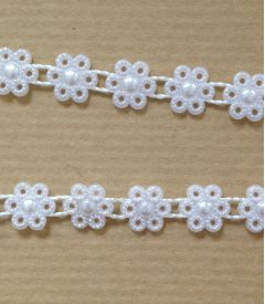 Pearls on a Roll - Daisy String 9mm