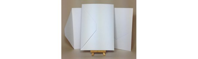 100% Recycled White 300gsm 148x210mm A5 POCKETFOLDS