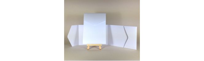 100% Recycled White 300gsm A6 POCKETFOLDS